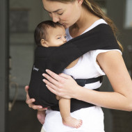 ERGOBABY nešioklė Embrace - Pure Black BCEMABLK