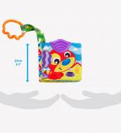 PLAYGRO pakabinamas žaislas A Day at the Farm Teether Book, 0186967 0186967